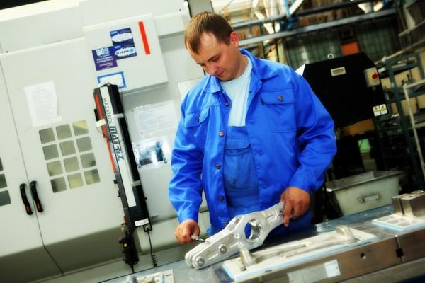 монтажник-сборщик металлических конструкций в Польшу